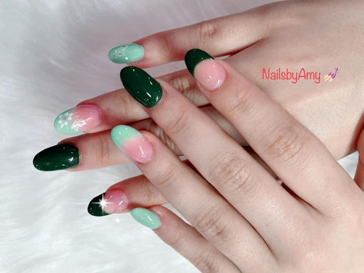 Photos from Zen Nails & Day Spa's post